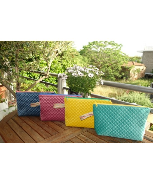 COLORFUL SUMMER POUCHES