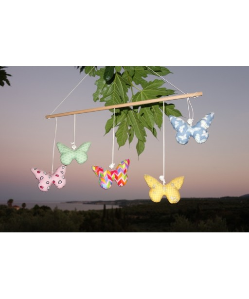 BUTTERFLIES GARLAND