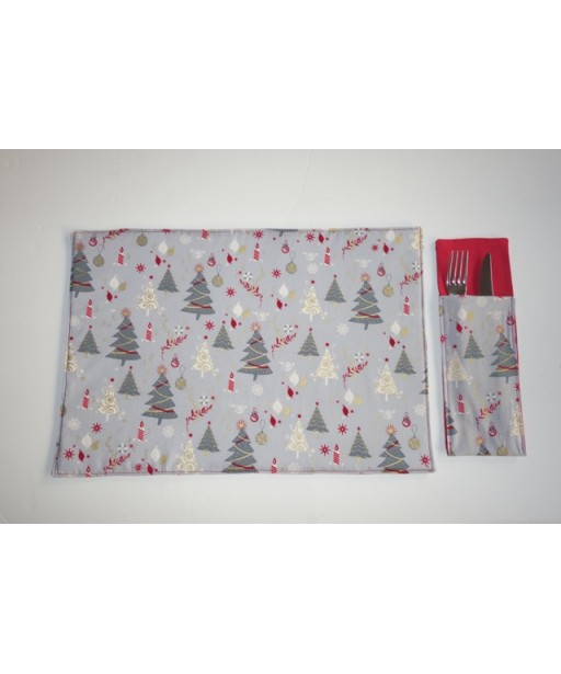 SET CHRISTMAS PLACE MATS AND TABLE SLEEVES HEARTS-HAPPY CHRISTMAS