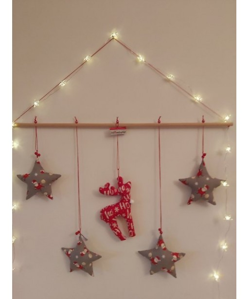 CHRISTMAS GARLAND STARS  AND REINDEER