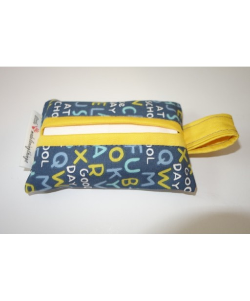 SMALL TISSUE CASE BACK TO SCHOOL